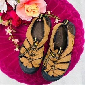 Keen Newport H2 Sandals Bison Women's Size 7.5